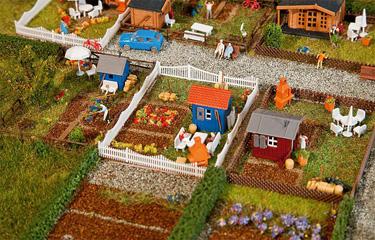 T2m modelisme ferroviaire decors faller set jardin ouvrier 2 n for Jardin ferroviaire